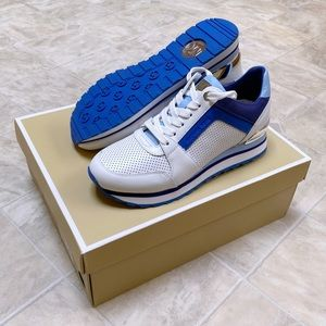 🆕 NIB Michael Kors Billie Blue White Shoes